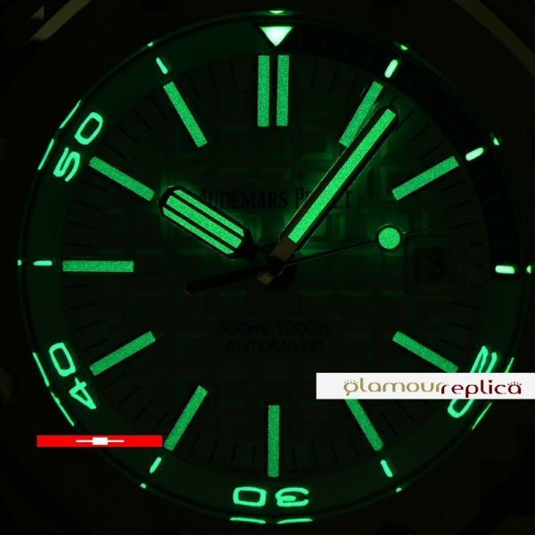 AP 15710 Royal Oak Offshore Diver,18